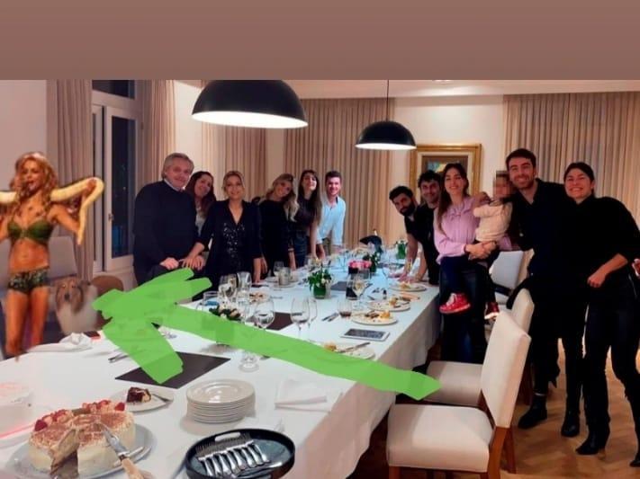 BRITNEY TAMBIEN ESTUVO EN OLIVOS CON LA SERPIENTE